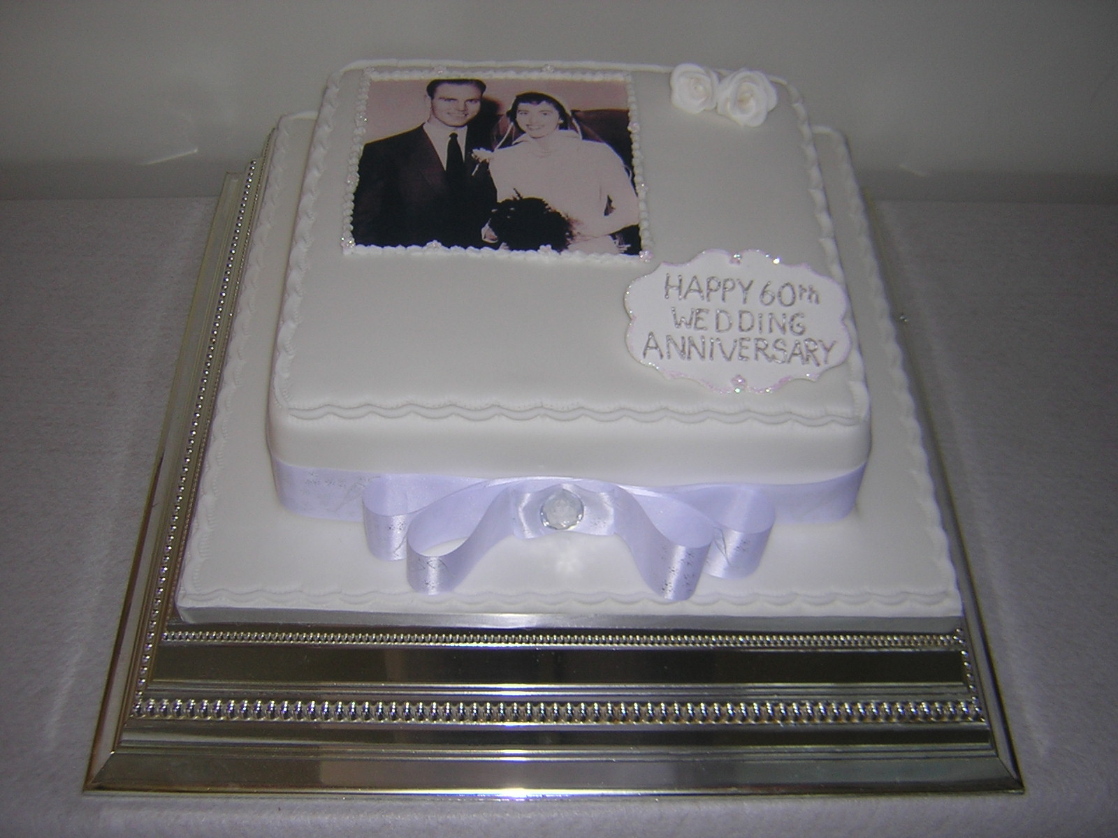 Cake Decorations Diamond Anniversary : 60th wedding anniversary ideas on Pinterest Thumbprint ...