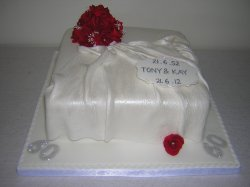 tony-kay-red-roses-diamond-wedding