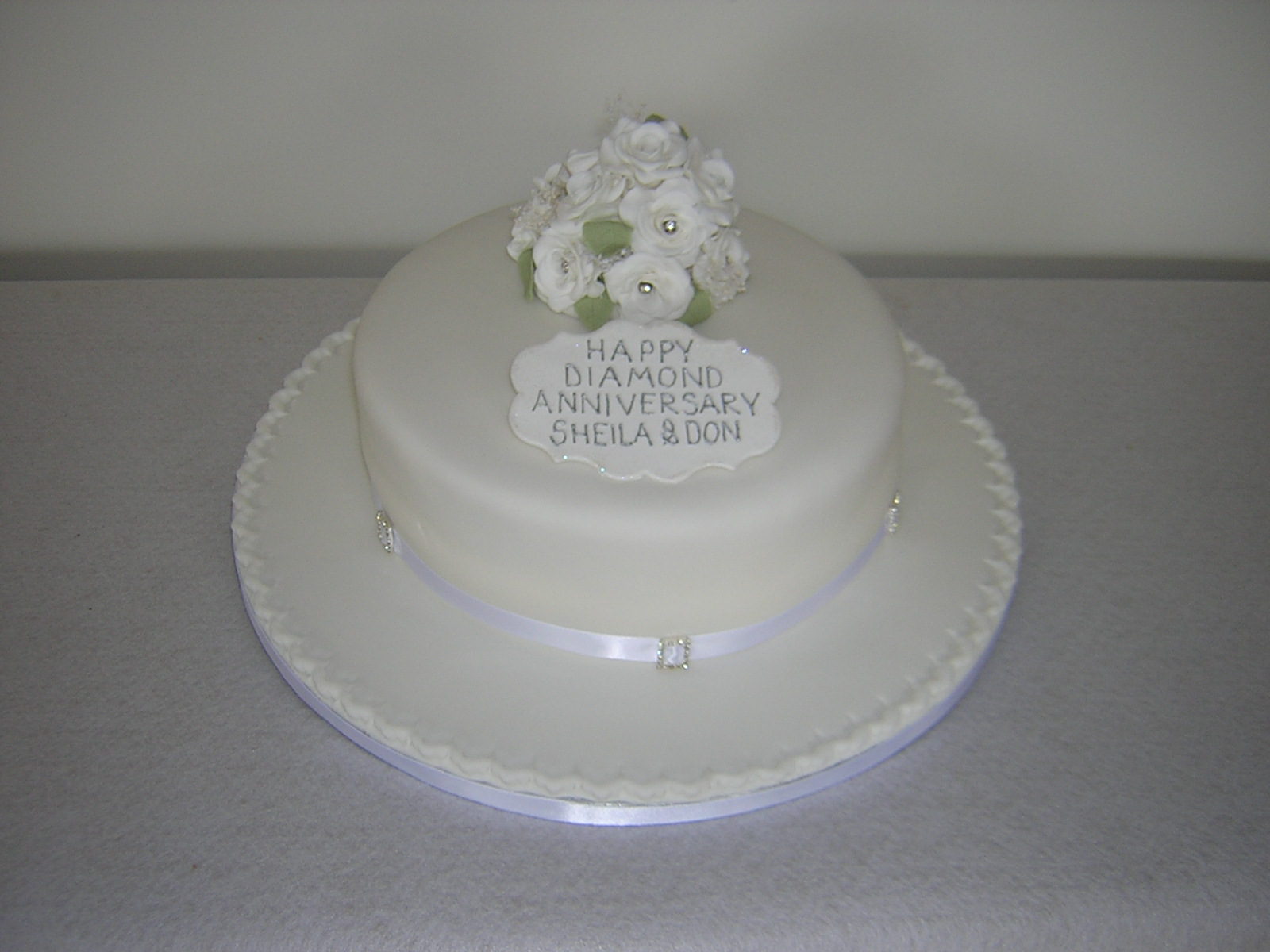 Diamond Anniversary Cake Images : Celebrations, Thanks, & More - Julie s Creative CakesJulie ...
