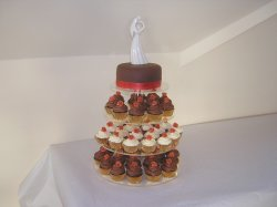 burnt-orange-cupcake-tower