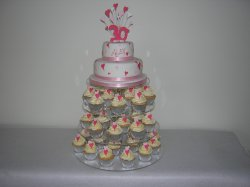 cup-cakes-with-2-tier-cake