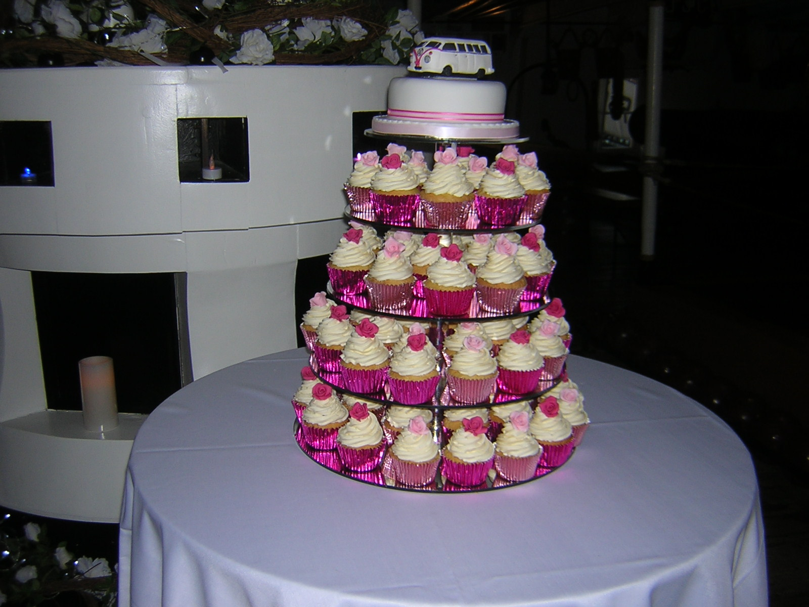 Index of /wp-content/gallery/cupcake-cakes