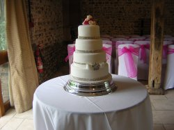 rhinestone-wedding-cake