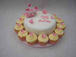 birthday-cake-with-cupcakes-1jpg