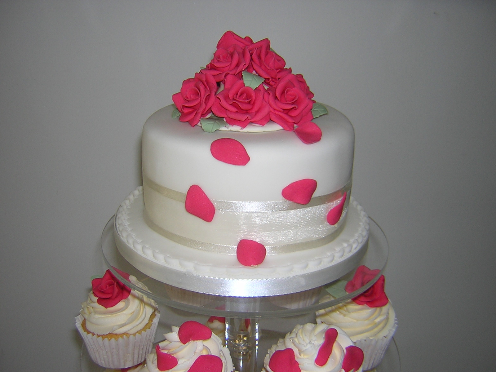 coral-pink-top-cake