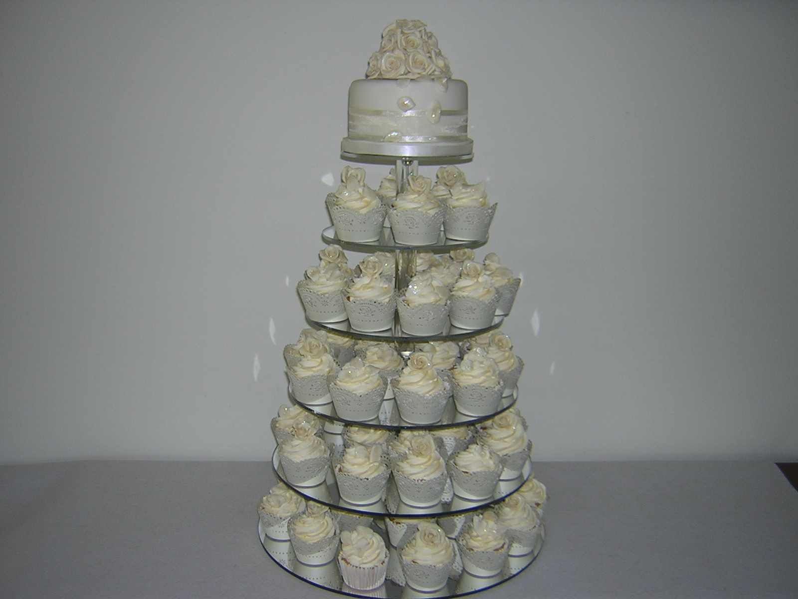 ivory-roses-cupcake-tower
