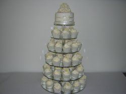 ivory-roses-cupcake-tower_0