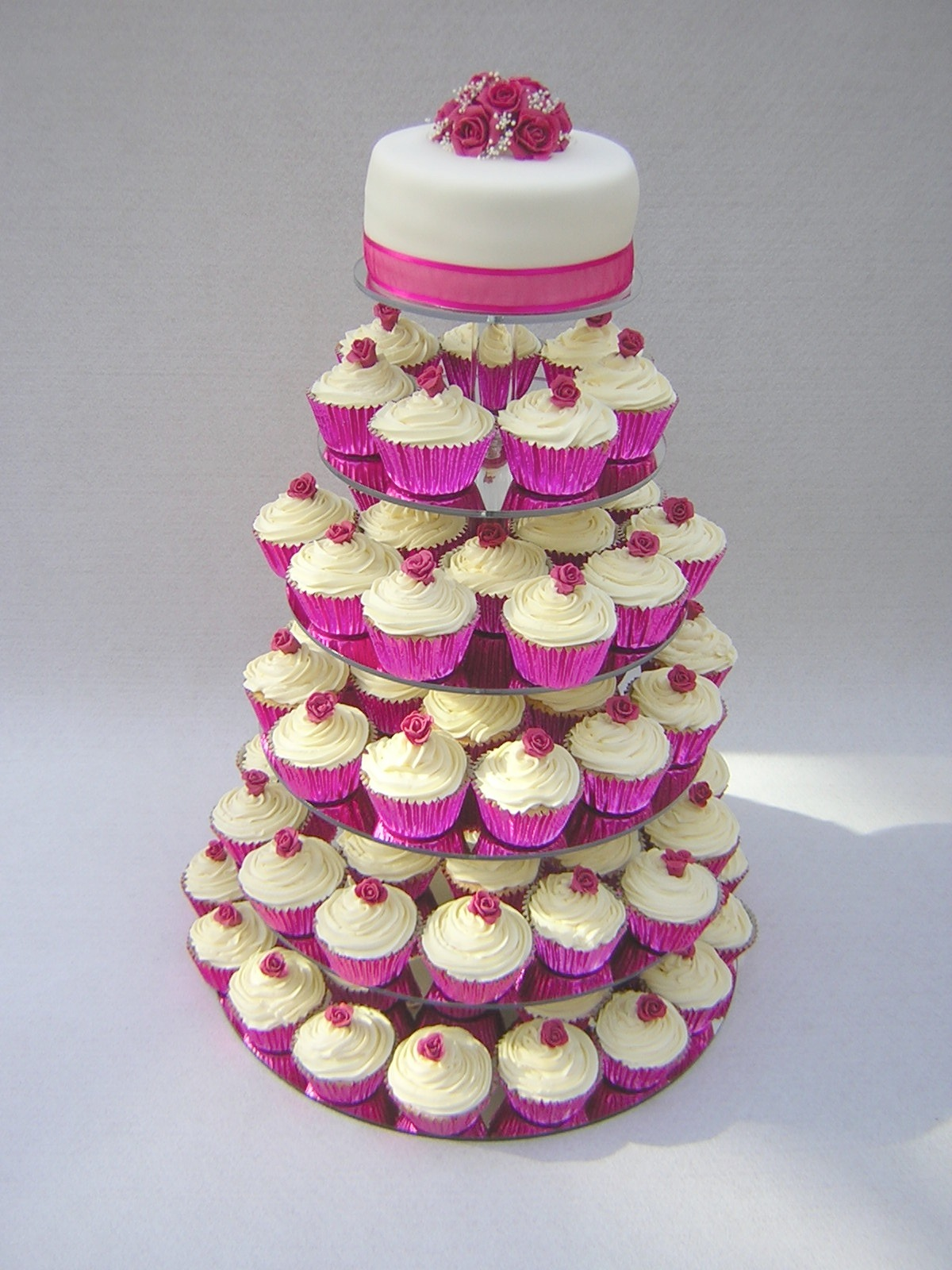 cupcake wedding cakes gallery cupcake wedding cakes julie s creative cakesjulie s 13172