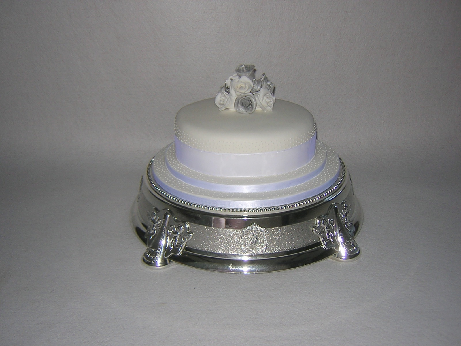 silver wedding cakes single tier single tier wedding cakes julie s creative cakesjulie s 19892