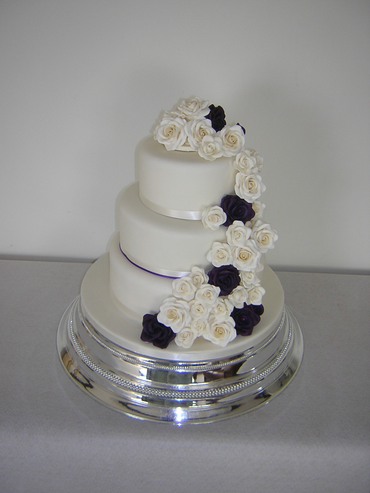 ivory-and-purple-rose-3-tier